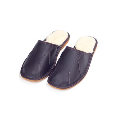 Men's Luxurious leather slippers with Sheep Wool